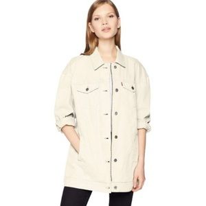 NWT Levi's Cotton Oversized Long Trucker Denim Jacket Zip Button Front Medium